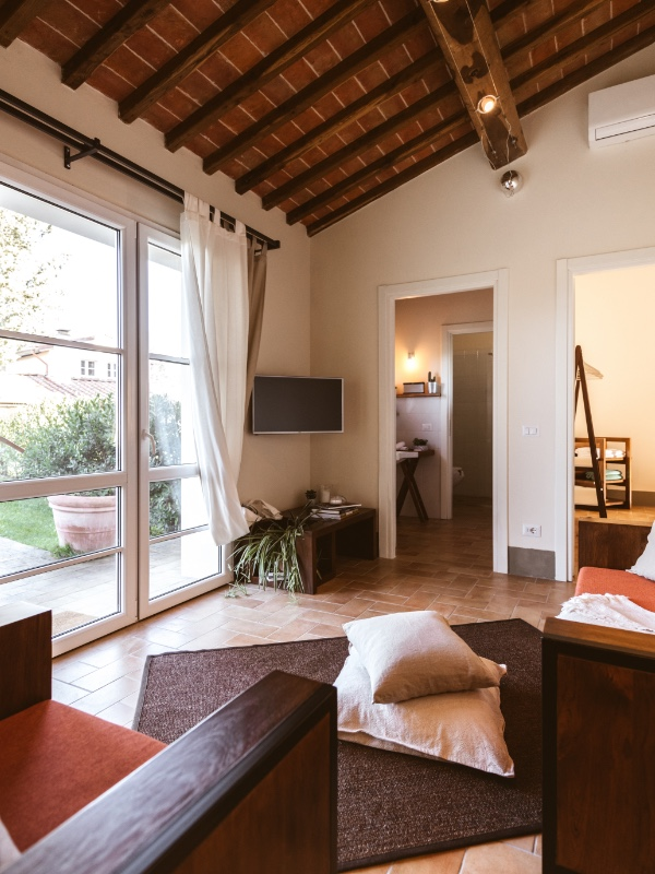 Apartment in tuscany for holidays, living room