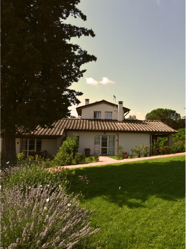 Borgo Le Colline, apartment garden view
